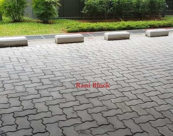 Pasangan paving block Cacing atau Unipave