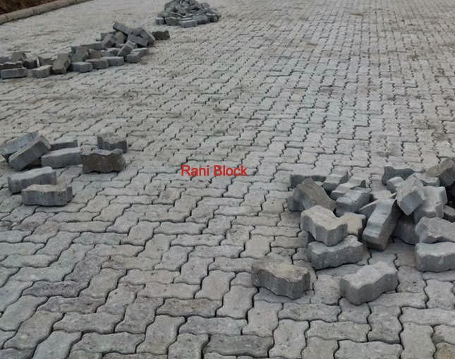 Paving Block Unipave atau Cacing