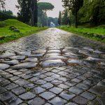 Appian Way (Sumber foto : yourownitaly.com)