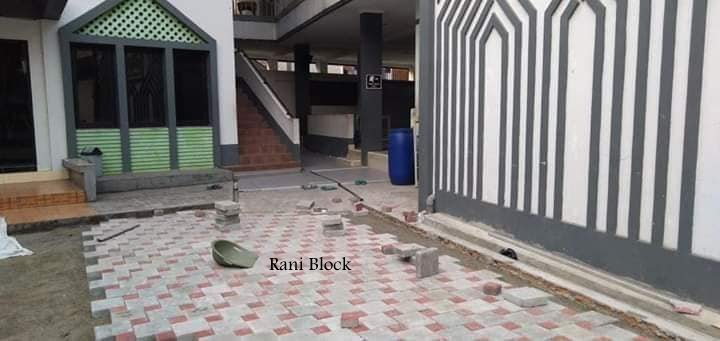 Pasangan paving block Ubin dan Kubus